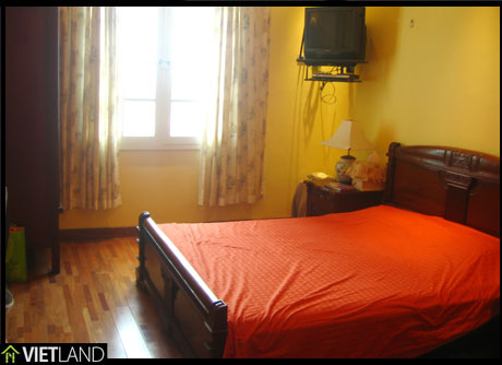 Trung Hoa Nhan Chinh - apartment for rent with 3 bedroom and fully furnished