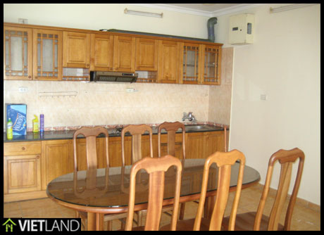 Flat with 3 bedrooms for rent in Dong Da district, Ha Noi