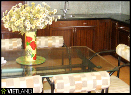 High floor flat for rent in Dong Da district, Ha Noi