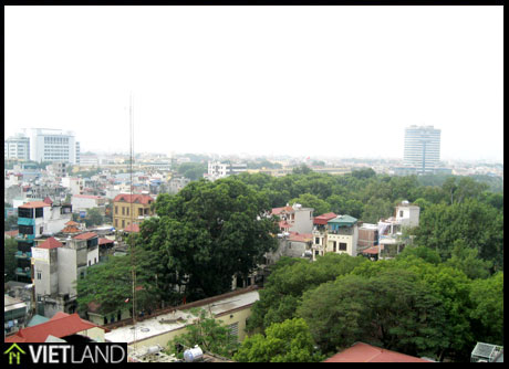 2 bedroom apartment for rent in Ha Noi, close to VinCom Tower