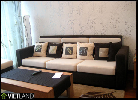 Luxurious and brand new apartment with 1 large bedroom for rent in VinCom Tower