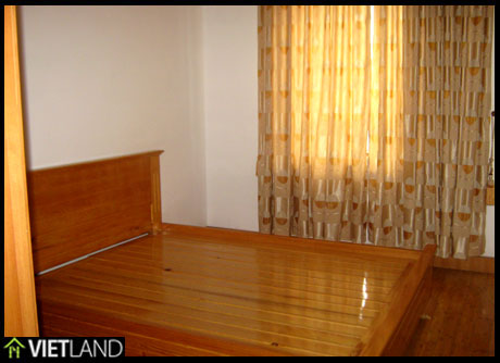 2 bedroom apartment for rent close to Big C Ha Noi