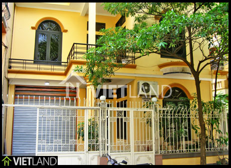 Big house facing to Ngoc Khanh lake for rent in Ha Noi