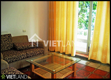 House facing to the Grand Lake for rent in Tay Ho district, Ha Noi