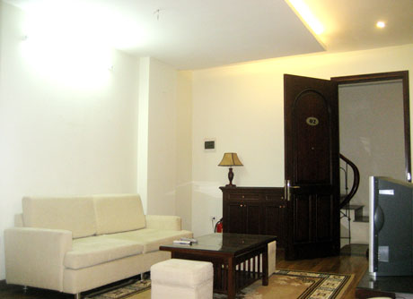 Fully and deluxe furnished, serviced apartment in downtown Ha Noi