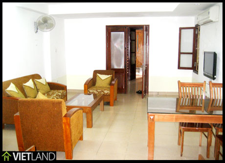 Bright flat with service in the downtown of Ha Noi
