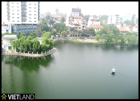 Lake-viewed serviced apartment for rent in Ba Dinh district, Ha Noi