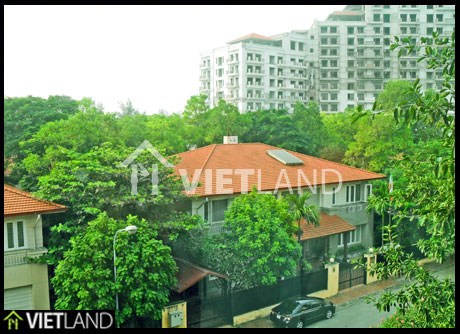 Serviced flat with 1 bedroom for rent in Dang Thai Mai street, Tay Ho district, Ha Noi