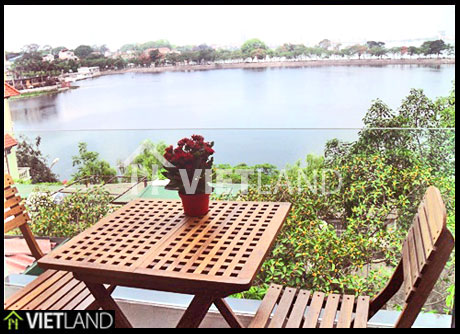 Truc Bach lake viewed serviced apartment for rent in Ba Dinh, Ha Noi