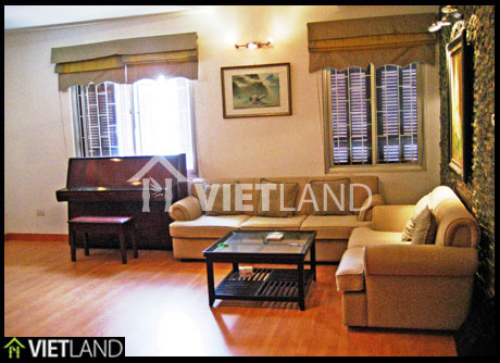 Ha Noi Zoo's lake viewed apartment for rent in Ba Dinh district