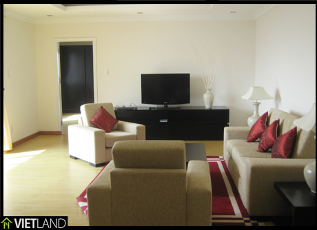 Skyline apartment for rent facing to the two lakes of Ha Noi