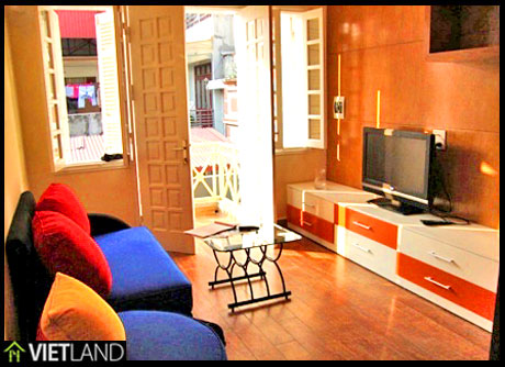 2-bedroom serviced flat for rent in Linh Lang street, Ba Dinh district, Ha Noi