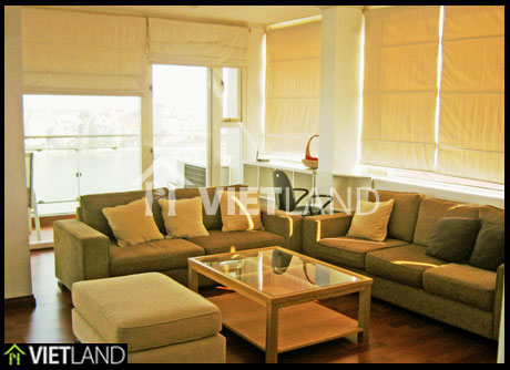 Lake View serviced apartment for rent in Tay Ho Dist, Ha Noi