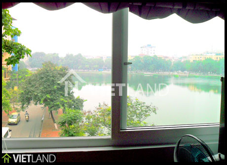 Lakeview  serviced apartment  with 1 bedroom for rent near the Zoo of Ha Noi
