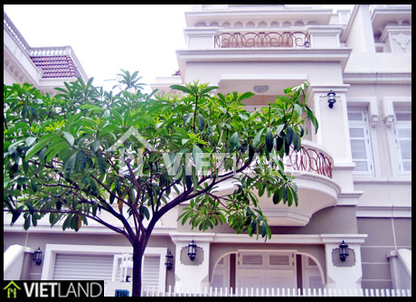 3-storey villa in T2 Ciputra, 3 large bedrooms for rent in West Lake Area